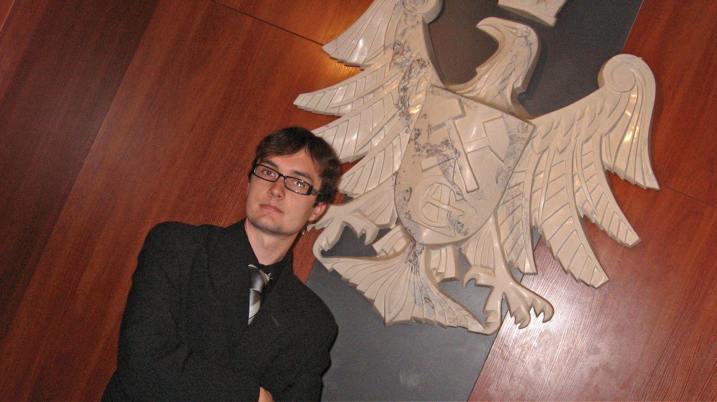 Dzień, w którym obroniłem magistra na AGH w Krakowie. Raczej mało istotna chwila w moim życiu, ale fryzura zdecydowanie była stylowa