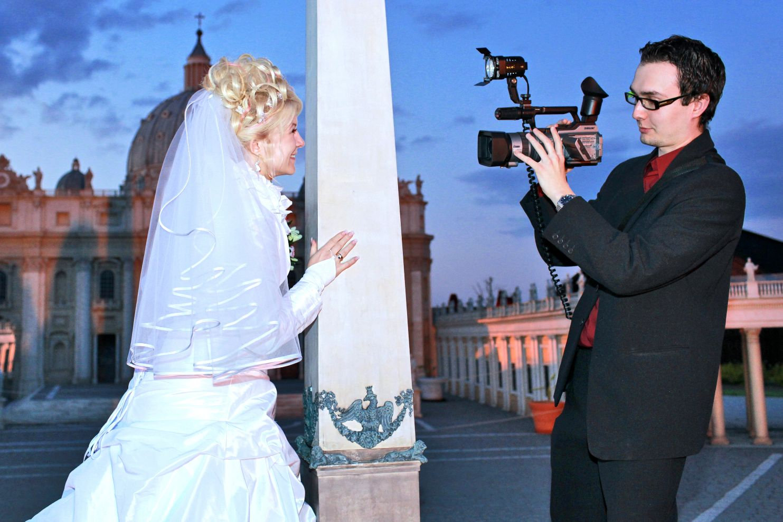 Moje pierwsza firma, czyli filmowanie głównie wesel