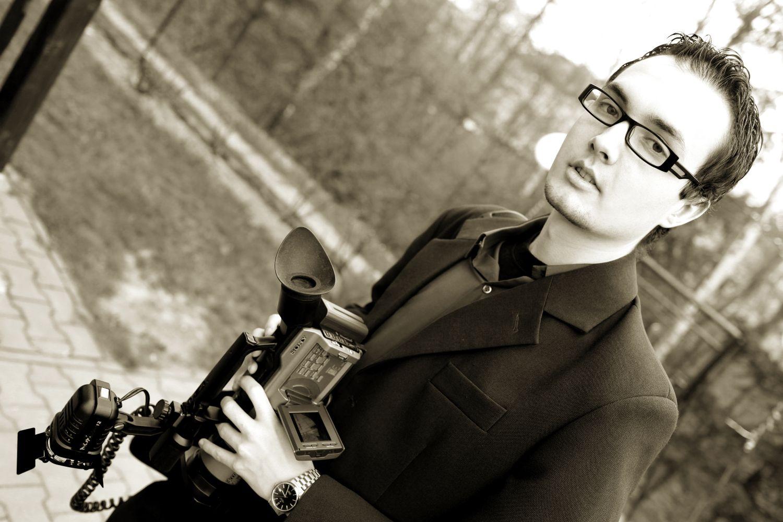 Rok 2009 i moje drugie wesele jako kamerzysta. To była stresująca praca, ale dzięki temu moje własne wesele przeżyłem na pełnym luzie.